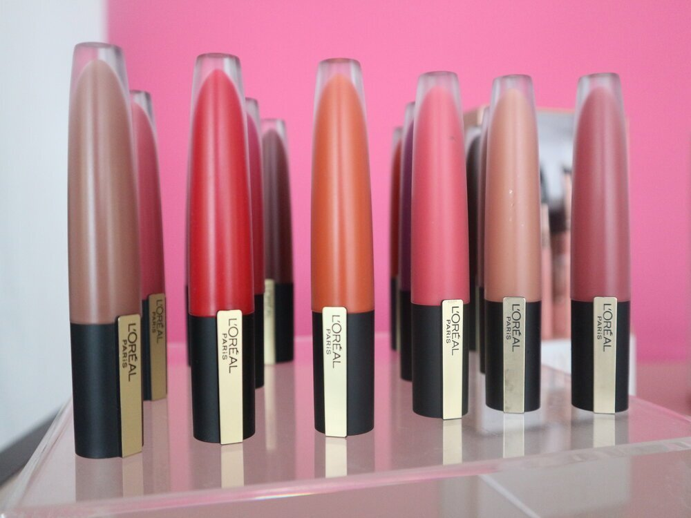 L'Oreal Signature Matte Colored Lip Stain