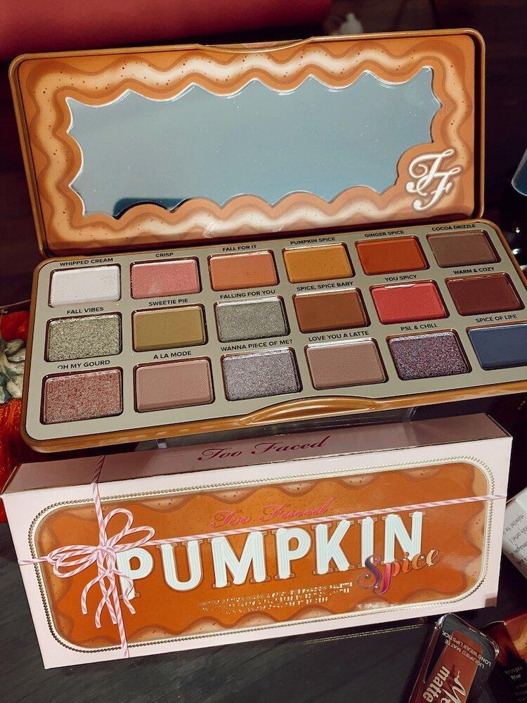 too+faced+pumpkin+spice+eye+shadow+palette.JPG